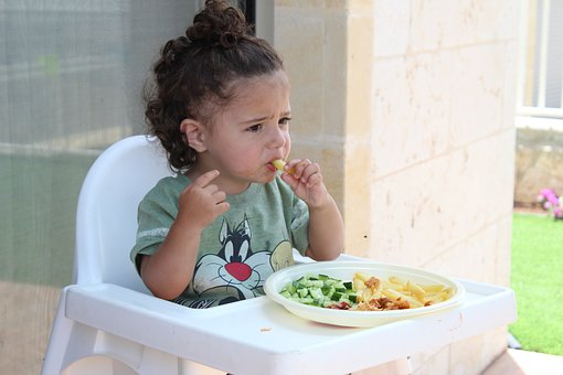 tabel,diversificare,sugar,copil,alimente,consum,intoleranta,fructe, legume,nutritie,pediatrica,alimentație, alimentatiei, sugarului